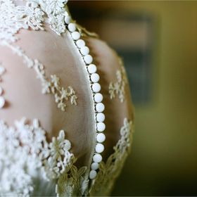 By Ligita - wedding gowns & acc.