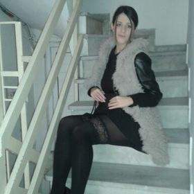 Elena Mika