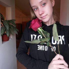 Alexandra Olasz (alexandraolasz9) on Pinterest ee831cfb9d