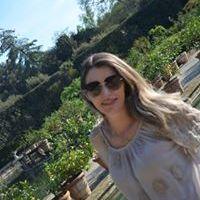 Kennia Oliveira