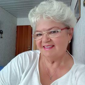 Silvia Komives