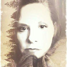 Nina Hodge