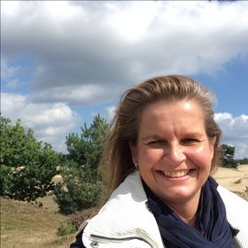 Sandra van Dompselaar