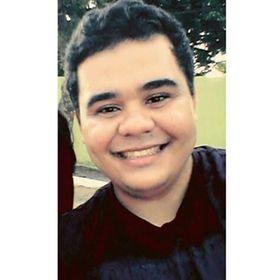 Ícaro Oliveira