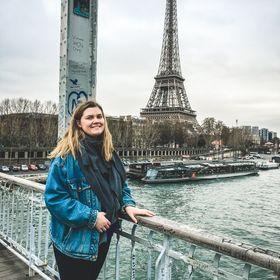 Roam with Becks | Solo Female Traveler | Budget Traveler