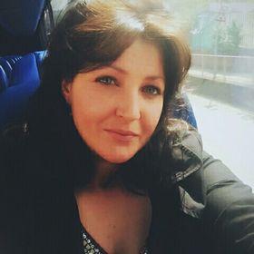 Andreea Hostinaru