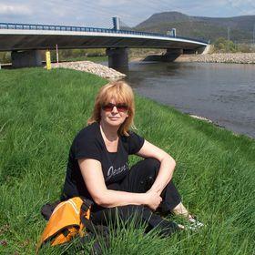 Anna Záhorcová