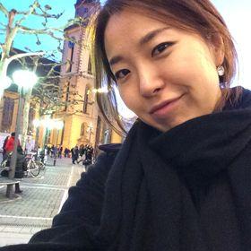 Rina Jihyun Lim