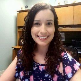Jenn | The Financialholic | Personal Finance Blogger | Entrepreneur