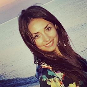 Cristina Raicu