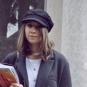 Samantha Dobbin