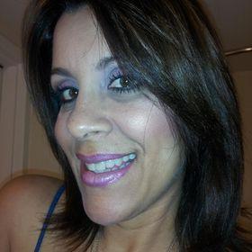 Dorcas Valenzuela