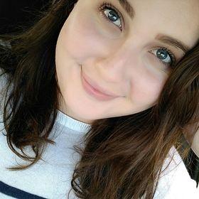 Amanda Tavares