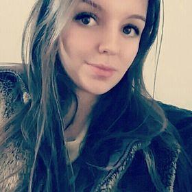 Mészáros Laura