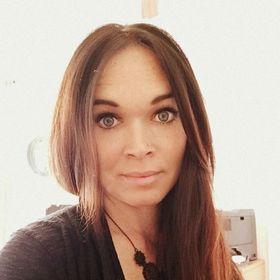 Brenda Chesney - greenishpink.com