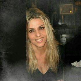 Anna Decola