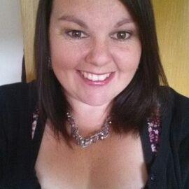 Lesley Norris