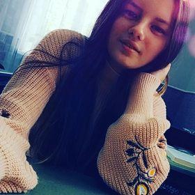 Аліна Мельник