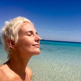 Vicky Burgos I Creativos En La Playa