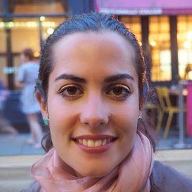 Ely Bakouche|The Linguistic Yogi|Introverted Yoga Teacher & Writer