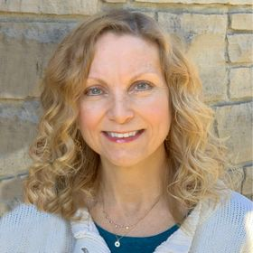 Messy Marriage Ministry | Life Coach—Beth Steffaniak