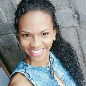 Eliane Cruz