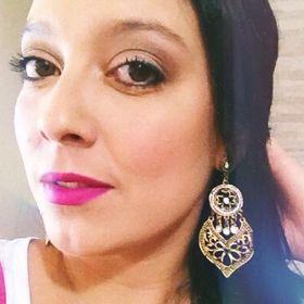 Carol Moraes Make Up