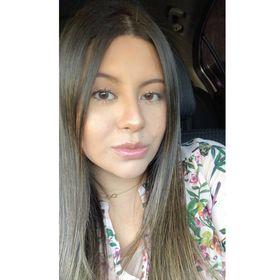 5bd693d5433 Karla López (karlalwithak) on Pinterest