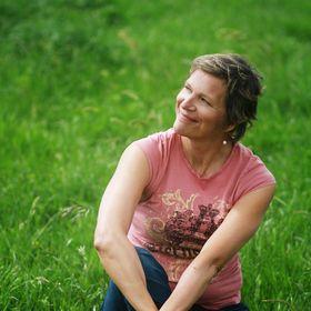 Suzanne Falter  Writer/Speaker