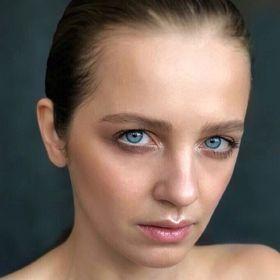 Екатерина Безменова