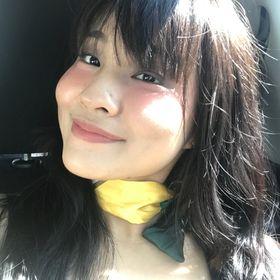 Rosileeh Butcharoen Pinterest Profile Picture