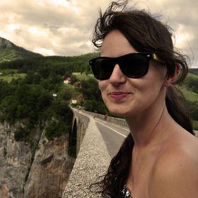 Karina Mądel
