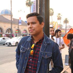 Derek Muñoz