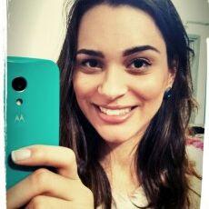 Jaqueline Moreira