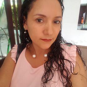 Alexandra Revelo