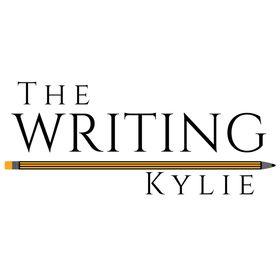 Kylie Day | Authorpreneur + Writing Coach