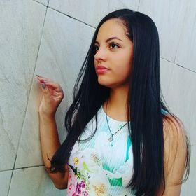 Flávia Freitas