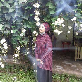 Tina Prabowo