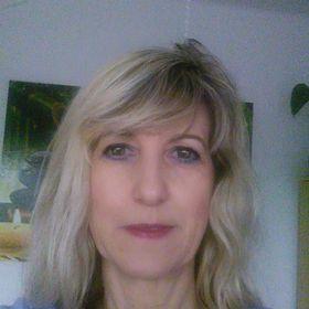 Zuzana Applova