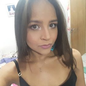 281ac45d39bf2 Maria Eduarda (duudagomes) on Pinterest