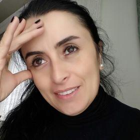 Melike Ozer