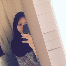 Dhia Arista Putri