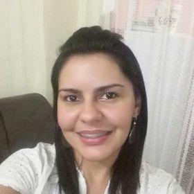 6596b66eb5 Fernanda (nandaiza400) no Pinterest