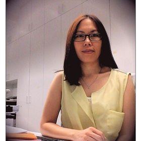 Mona Tan