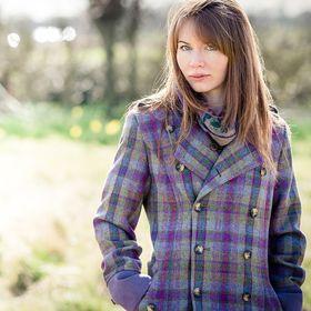 Mairi Helena | Scottish Textile Designer | Photographer | Contemporary Interiors | Soft Furnishings | Designer Silk Scarves