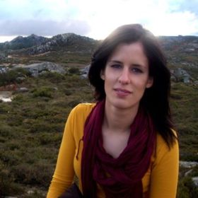 Manuela Correia