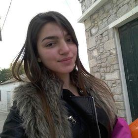 Nikolina Nikolinaki