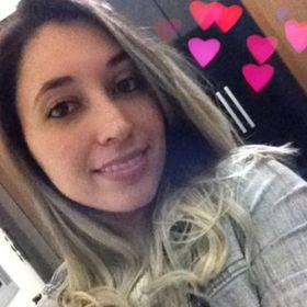 Emilene Ferreira