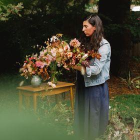Kat Steele | River & Eve flora | Wedding florist