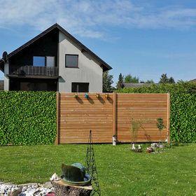 Fröschl - Holz im Garten